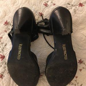 Restricted Shoes - 1950s Vintage inspired heels 👠